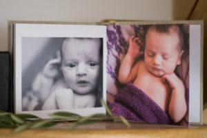 photographe, brignoles, la crau, rocbaron, grossesse, famille, bébé, nouveau-né, maternité, naissance, studio, lifestyle, 83, var, produit,