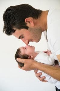photographe, naissance, bébé, grossesse, famille, bébé, nouveau-né, maternité, var, brignoles, toulon, cuers, la crau, marseille, posing, lifestyle