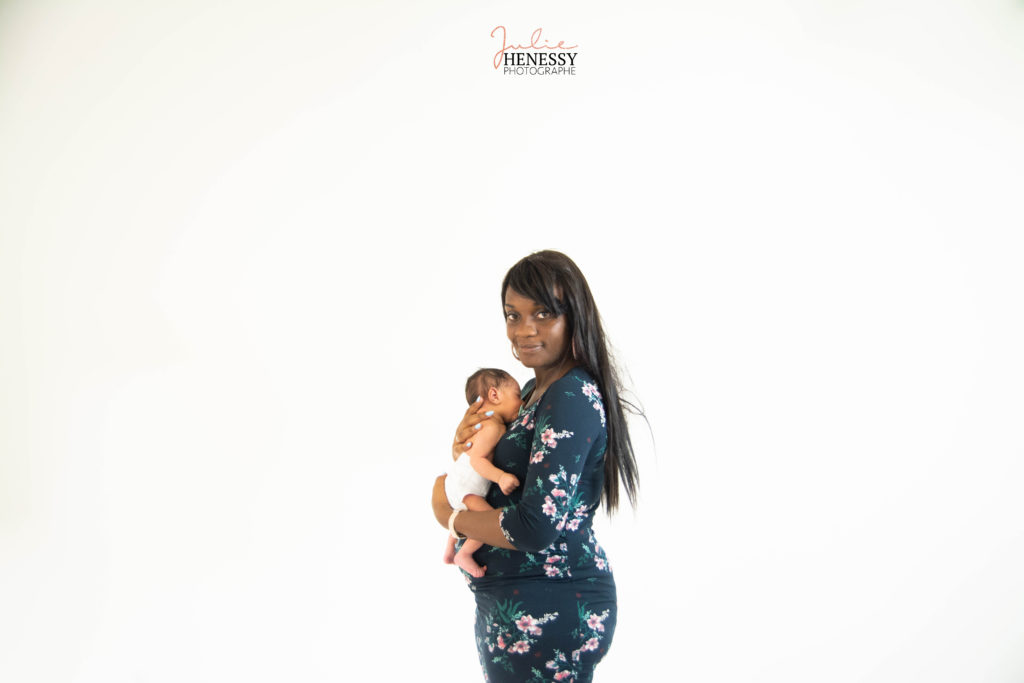 photographe, var, 83, la roquebrussanne, toulon, enfant, bébé, naissance, maternité, couple, nouveau-né, nourrisson