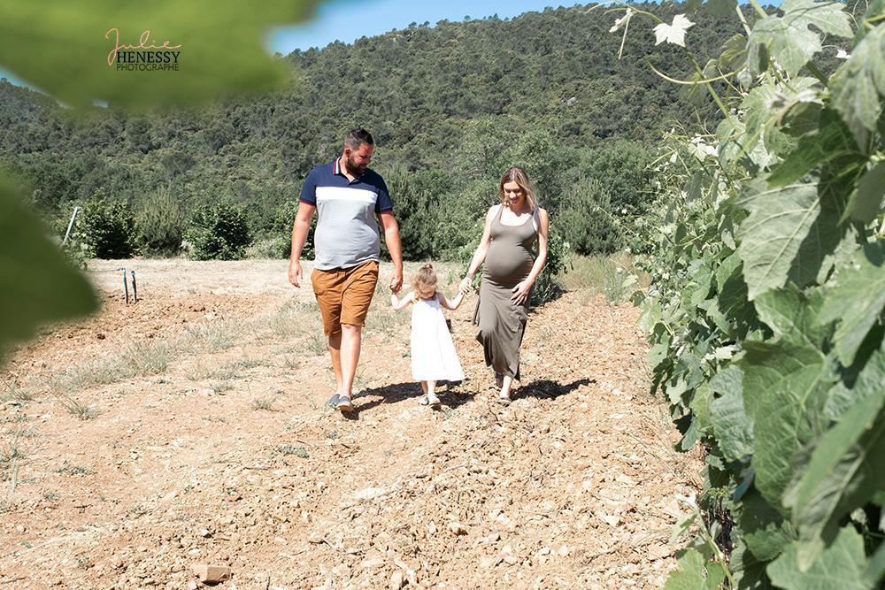 photographe, naissance, bébé, maternité, enfant, parent, couple, grossesse, nice, toulon, la roquebrusanne, aix en provence,