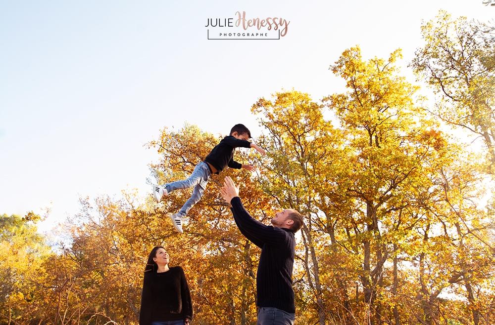 photographe, famille, la roquebrussanne, toulon, cuers, couple, extérieur, souvenir, émotion, studio, toulon, grossessse