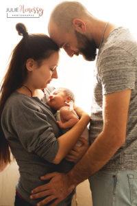 photographe, naissance, studio, lifestyle, maternité, future maman, nouveau-né, la roquebrussanne, toulon, 83, var