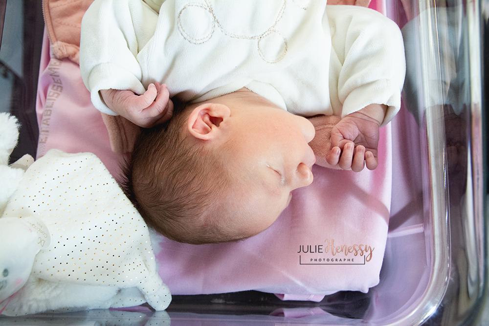 photographe, naissance, nourrisson, domicile, la garde, rocbaron, la roquebrussanne, 83, tirage, souvenirs, émotion
