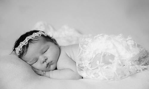 photographe, bébé, naissance, grossesse, famille, portrait, studio, maternité, var, 83, extérieur, posing, lifestyle,